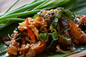 Pad Krapow Moo Thai Keto Paleo recipe