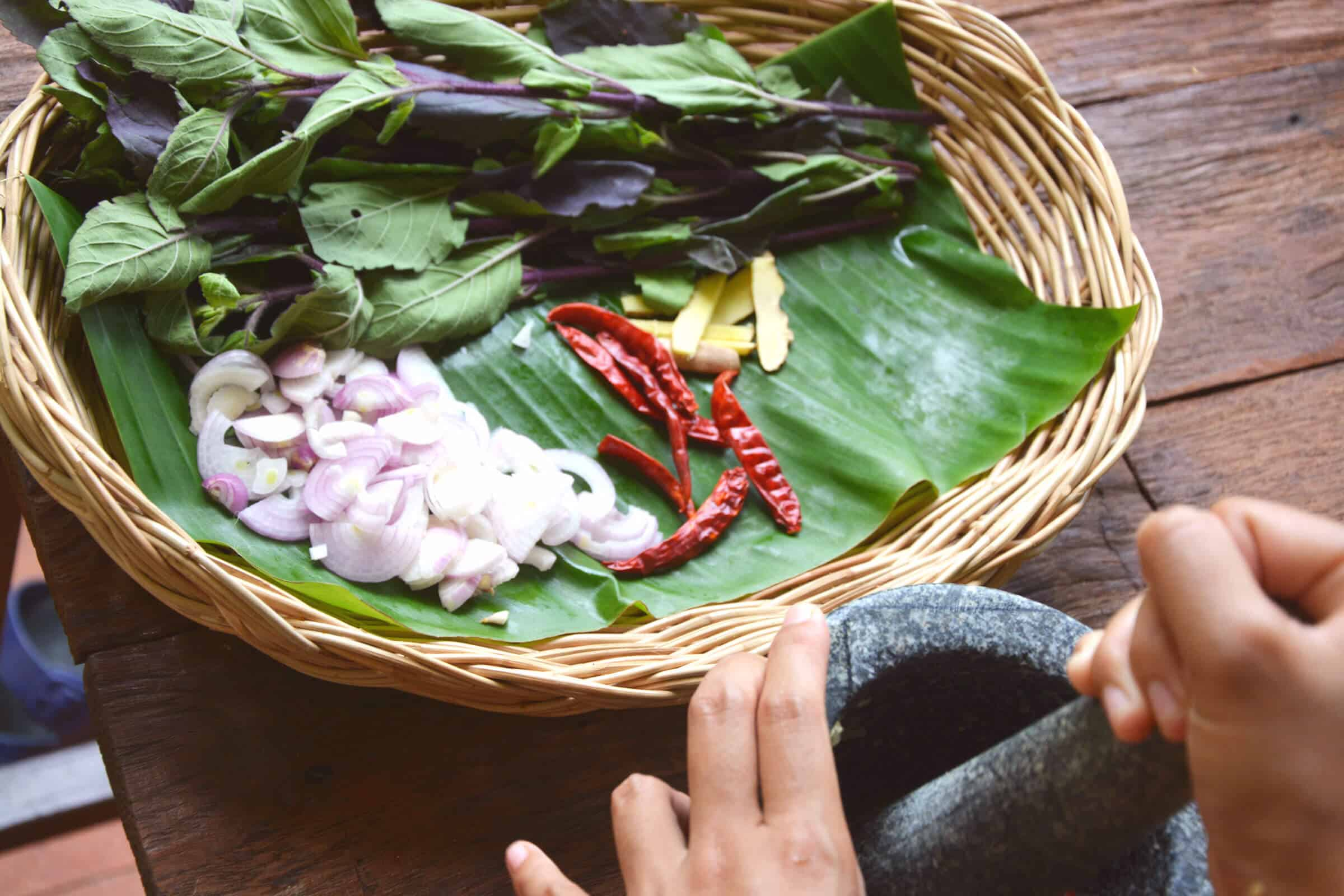 mortar and pestle pad krapow thai recipe