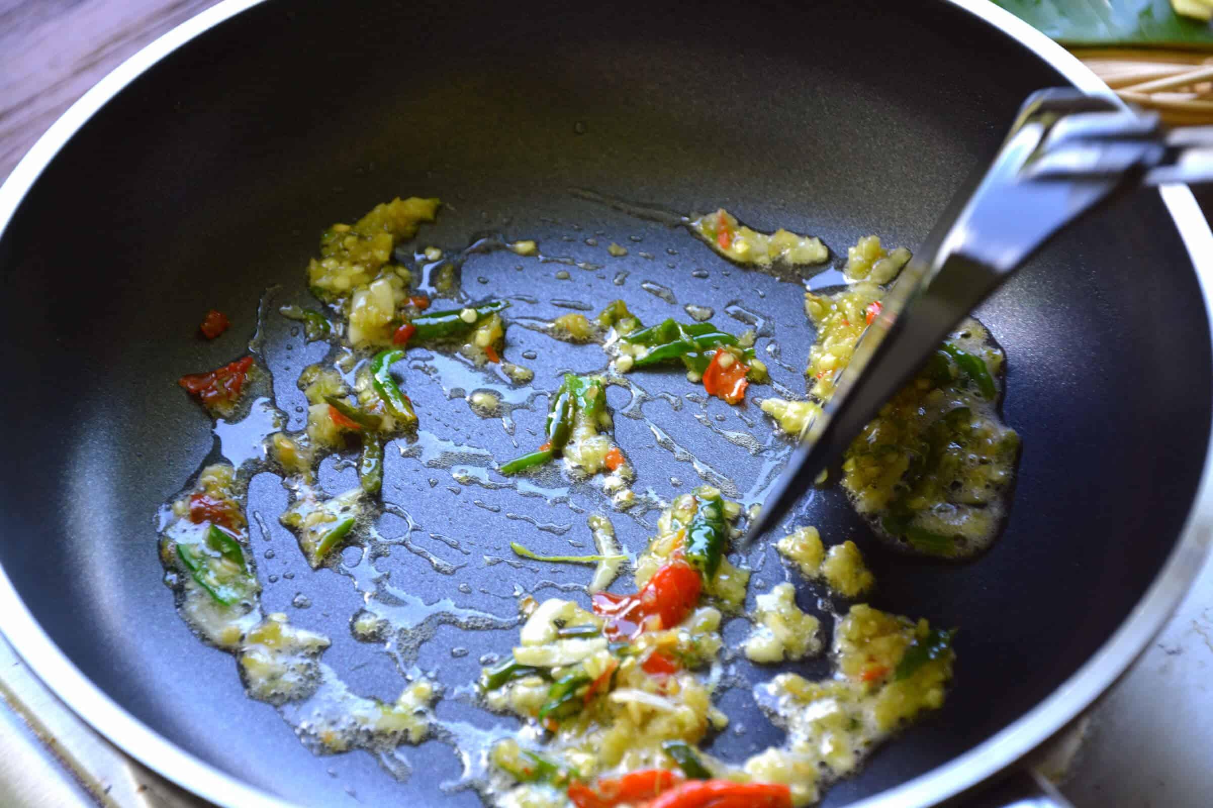 pad krapao sauce thai keto paleo recipe 2