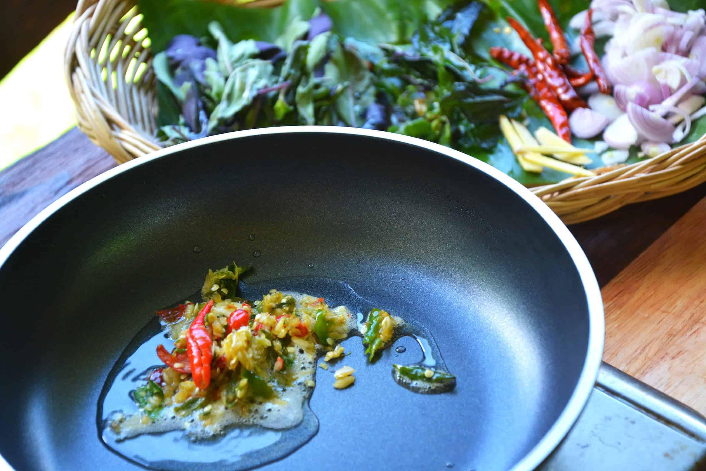 pad krapao sauce thai keto paleo recipe